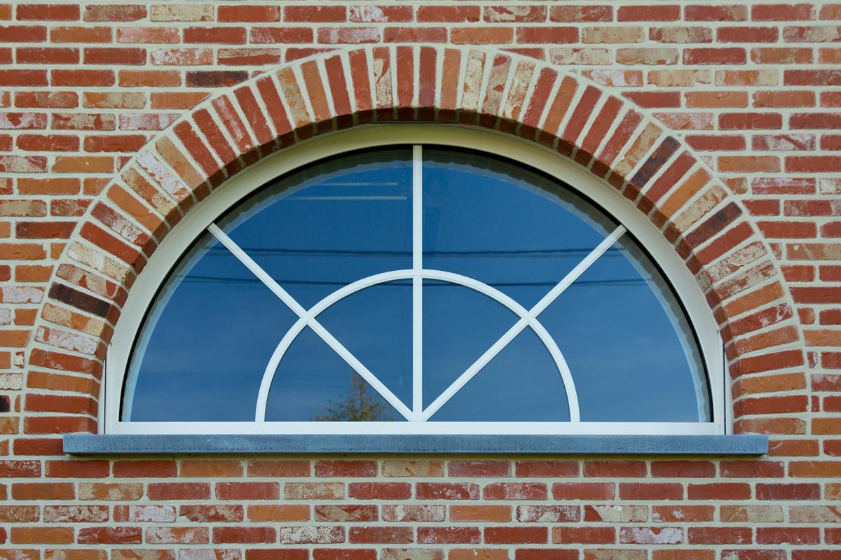 Fenêtre demi-lune sur mesure aluminium anodisé blanc, Saint Maur des Fossés 94100 Val de Marne
